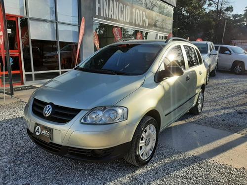 Volkswagen Suran 1.6 Confortline 5p 2009