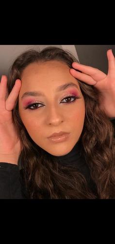 Imagem 1 de 3 de Maquiagem (maquiadora)