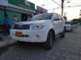 Toyota Fortuner 2.7 4x2 Automatica