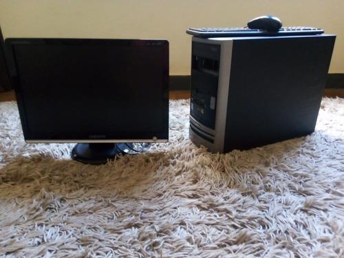 Imagem 1 de 2 de Pc Completo Com Monitor Samsung 19 Polegadas
