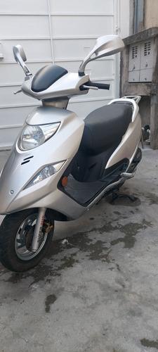 Suzuki  Burgman 125i