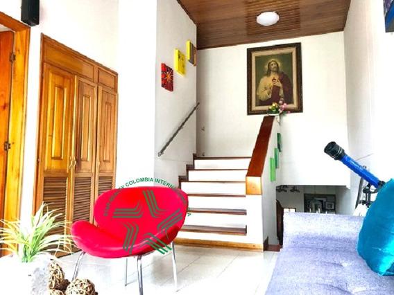 Vendo Casa 3 Niv Sector Pinares Pereira