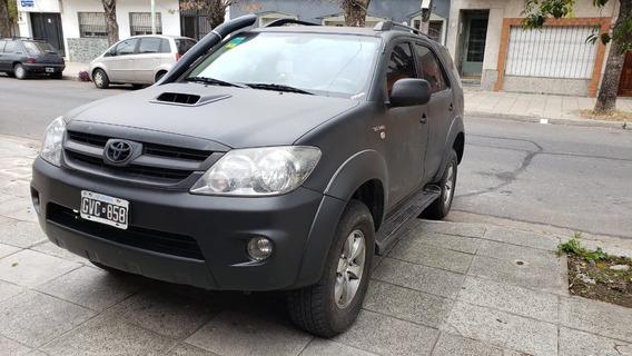 Toyota Sw4 3.0 I Srv At C/cuero 4x4