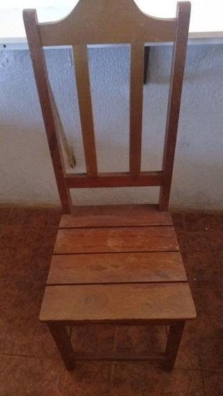 6 Cadeiras A R$ 100,00 Cada
