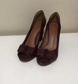 4d3c4edb8e Sapatos Le Buttan Feminino - Sapatos Violeta escuro no Mercado Livre ...
