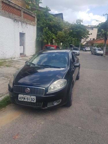Fiat Linea 2012 1.8 16v Absolute Flex Dualogic 4p