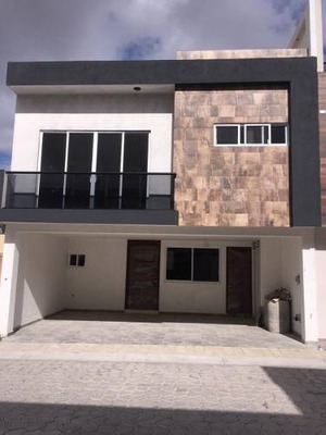 Se Vende Casa Nueva En Residencial Victoria, San Andrés Cholula.