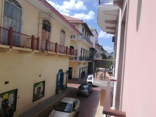 Imagen 1 de 12 de Venta De Apartamento Portal De Caldas, Casco Antiguo 21-3207