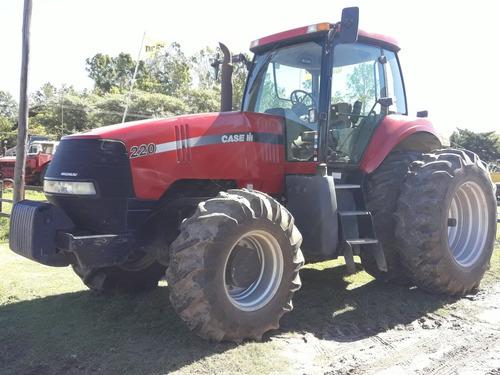 Tractor Case Magnum 220