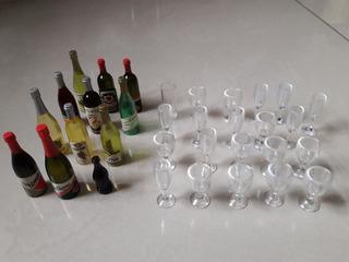 Lote Mini Garrafinhas E Taças Antiga Plástico Decoração