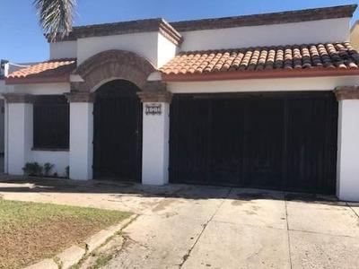 Se Vende Casa En Colonia Centro