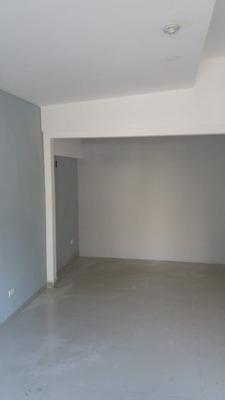 Local Comercial En Alquiler Zona Independencia El Portal