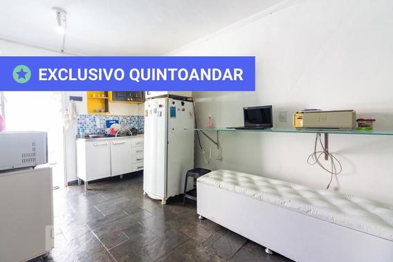 Casa Mobiliada Com 1 Dormitório E 3 Garagens - Id: 892947476 - 247476