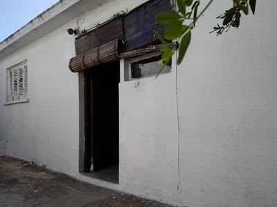 Apto De 2 Dorm, Interior, Plancha, Patio, A Reciclar.