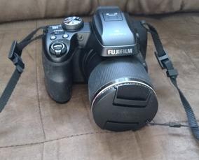 Câmera Semi-profissional Fujifilm Finepix S8200
