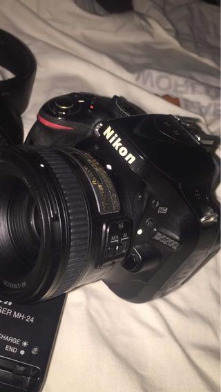 Nikon D5200 Com Duas Lentes 50mm E Outra 18-55