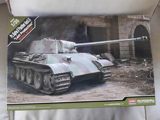 Tanque Panther Escala 1/35 Para Armar
