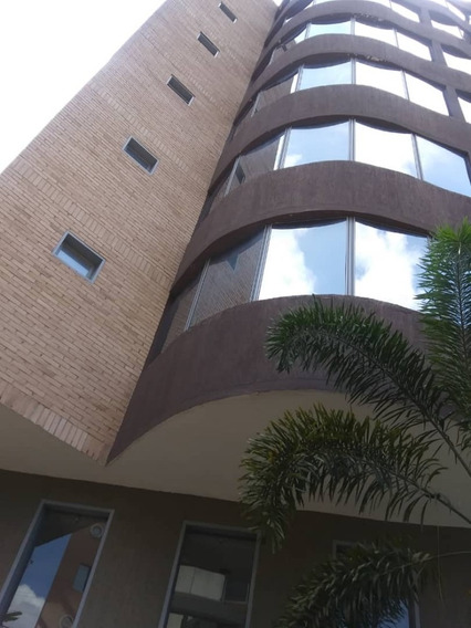 Lujoso Apartamento / Ovidio Gonzalez / 04163418694