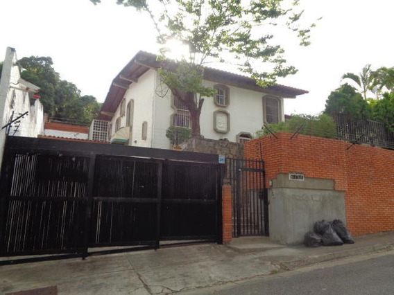 Casa En Venta En Prados Del Este 19-20125