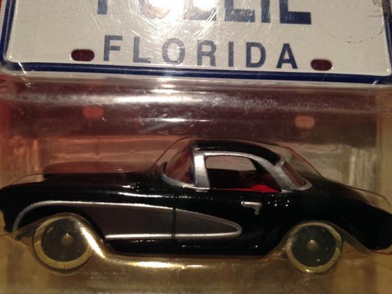 Johnny Lightning Corvette 1967 Hardtop Cerrado En Blister