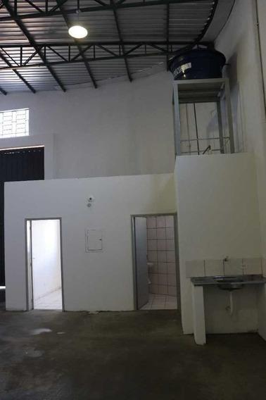 Barracão Recém Construído Via Norte 3.200,00 - 7572