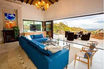 Exclusiva Villa De 5 Dormitorios En Venta En El Pedregal Con Vista Al Mar