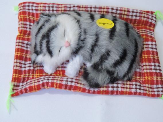 Pelúcia Filhote Gatinho Lindo Branco Deitado Mini Petz 16cm