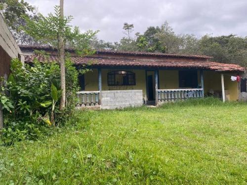 Chácara No Litoral Com 2 Quartos Em Itanhaém/sp 7277-pc