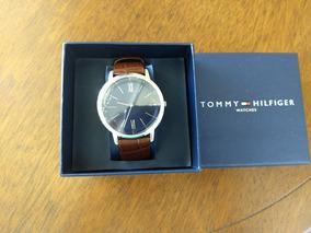 Relógio De Pulso Tommy Hilfiger Novo, Na Caixa E C Garantia
