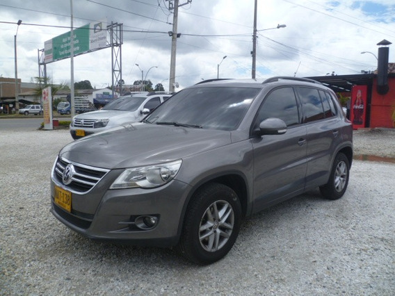 Volkswagen Tiguan 2009 4*4 At 2.0 Full
