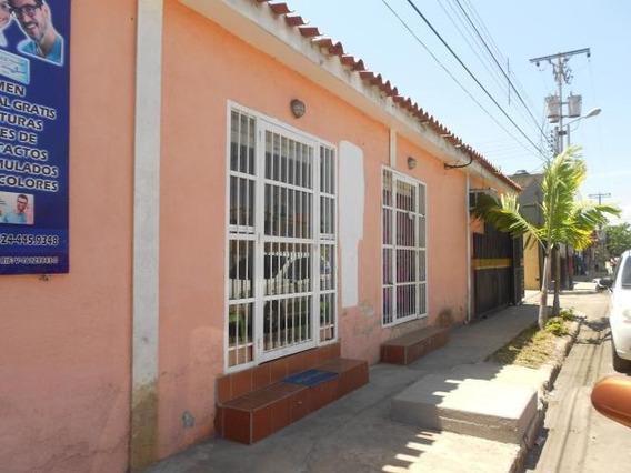 Casa En Venta Paraparal 19-11553 Raga