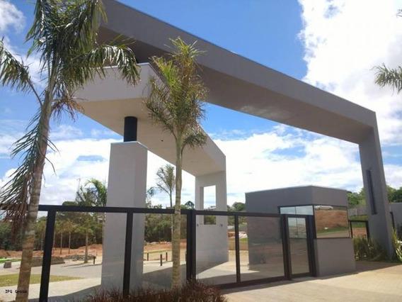 Apartamento Para Venda Em Ponta Grossa, Jardim Carvalho, 2 Dormitórios, 1 Banheiro, 1 Vaga - Vitacceja_1-1059659