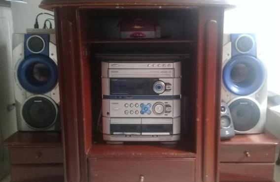 Radio Cassette Cd 2 Cornetas Marca Aiwa