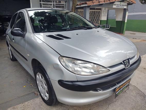 Peugeot 206 1.4 2007 Ar Condicionado Financio Sem Entrada