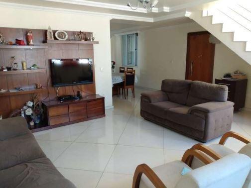 Casa Com 5qts No Bairro Serrano - 7704