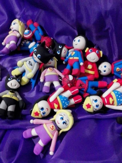 Super Héroes Miniaturas X 10 En Porcelana Fria Souvenirs