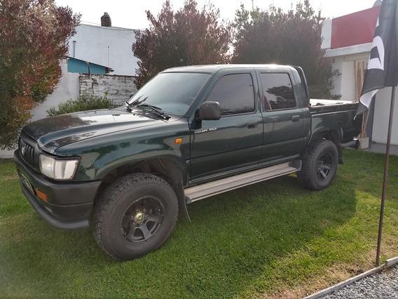 Toyota Hilux C/d 4x2 Dx
