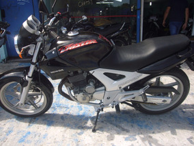Honda Cbx 250 Twister Preta 2002 R$ 4.999 (11) 2221.7700