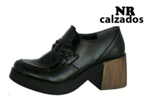 Zapatitos De Cuero Base T.r