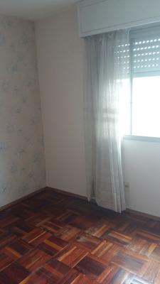 Apartamento De Dos Dormitorios,living,cocina Y Baño