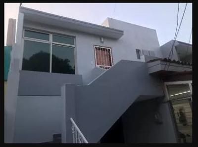 Casa Duplex Ideal Consultorio / Oficinas/habitacional