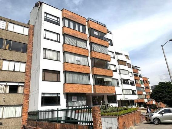 Apartamento En Venta En Cedritos Bogota 20-577 C.o