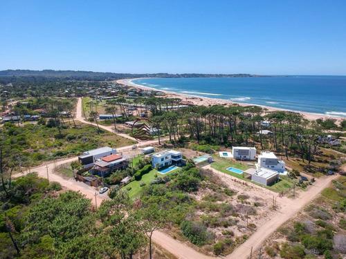 Excepcional Chalet De 2 Plantas Con Vista Al Mar!- Ref: 2245