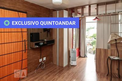 Apartamento No 5º Andar Com 2 Dormitórios E 1 Garagem - Id: 892906290 - 206290