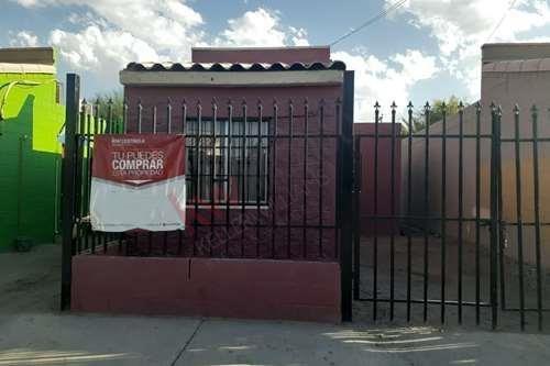 Se Vende Casa En Colonia Puerta Del Sol $ 580,000.00 Pesos; !bienvenido Tu Crédito!