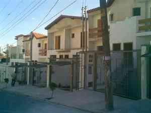 Imagem 1 de 6 de Lindo Sobrado Novo À Venda, 3 Dormitórios, 5 Vagas - Baeta Neves - São Bernardo Do Campo - 13752