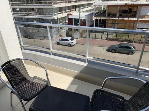 Imagen 1 de 13 de Vendo Apartamento En Plena Peninsula