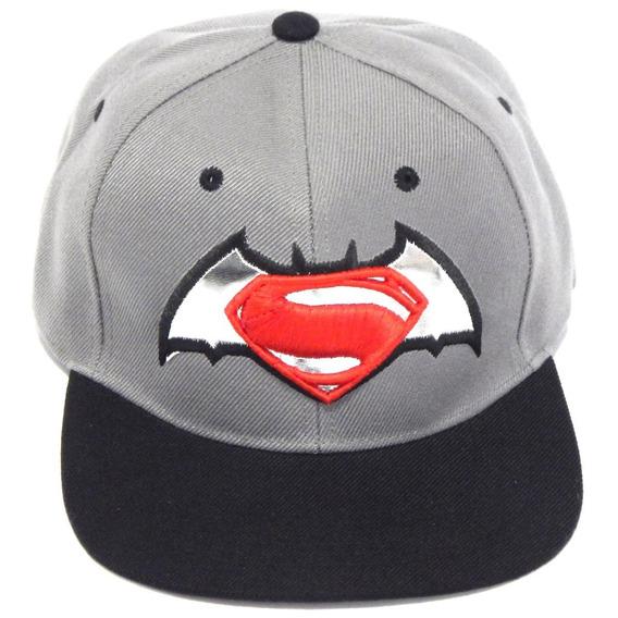 Batman Vs Superman Gorra Bordada Origen De La Justicia