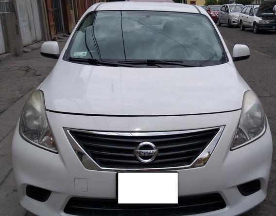 Vendo Amplio Y Confortable Nissan Versa Automático, Año 2012