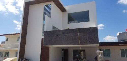 Hermosa Casa En Venta Fraccionamiento Privado En Apizaco